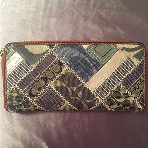 Vintage COACH demin patchwork wallet